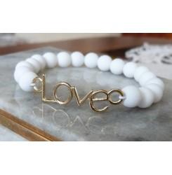 Модна гривна Love в бяло