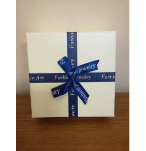 Луксозна подаръчна кутийка за гривни