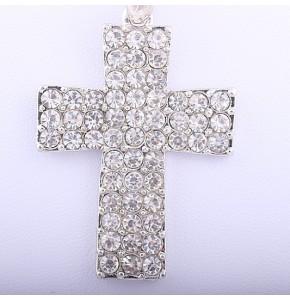 Огърлица с кристален кръст