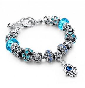 Дамска гривна със сини кристали и с ръката на Фатима