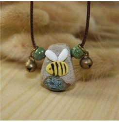 Дамско керамично колие - пчеличка