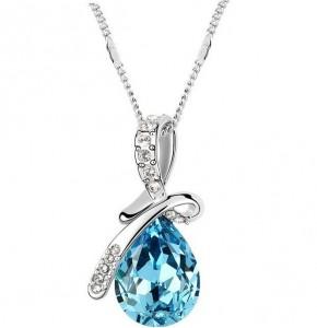 Романтично колие син или бял кристал